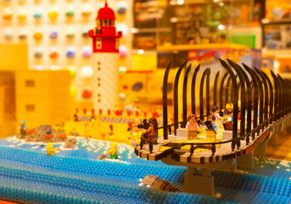 FEATURED IMAGE: The pier and lighthouse at Umhlanga Rocks recreated in Lego.